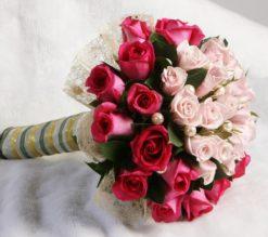 hoa-cuoi-cam-tay-co-dau-022