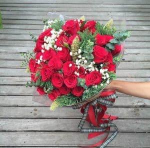 Bó hoa hồng đỏ mix sang trọng