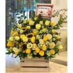 Bạn tìm shop hoa tươi quận 3 ? Gọi điện hoa online Nguyệt Hỷ ngay để nhận hoa Free ship