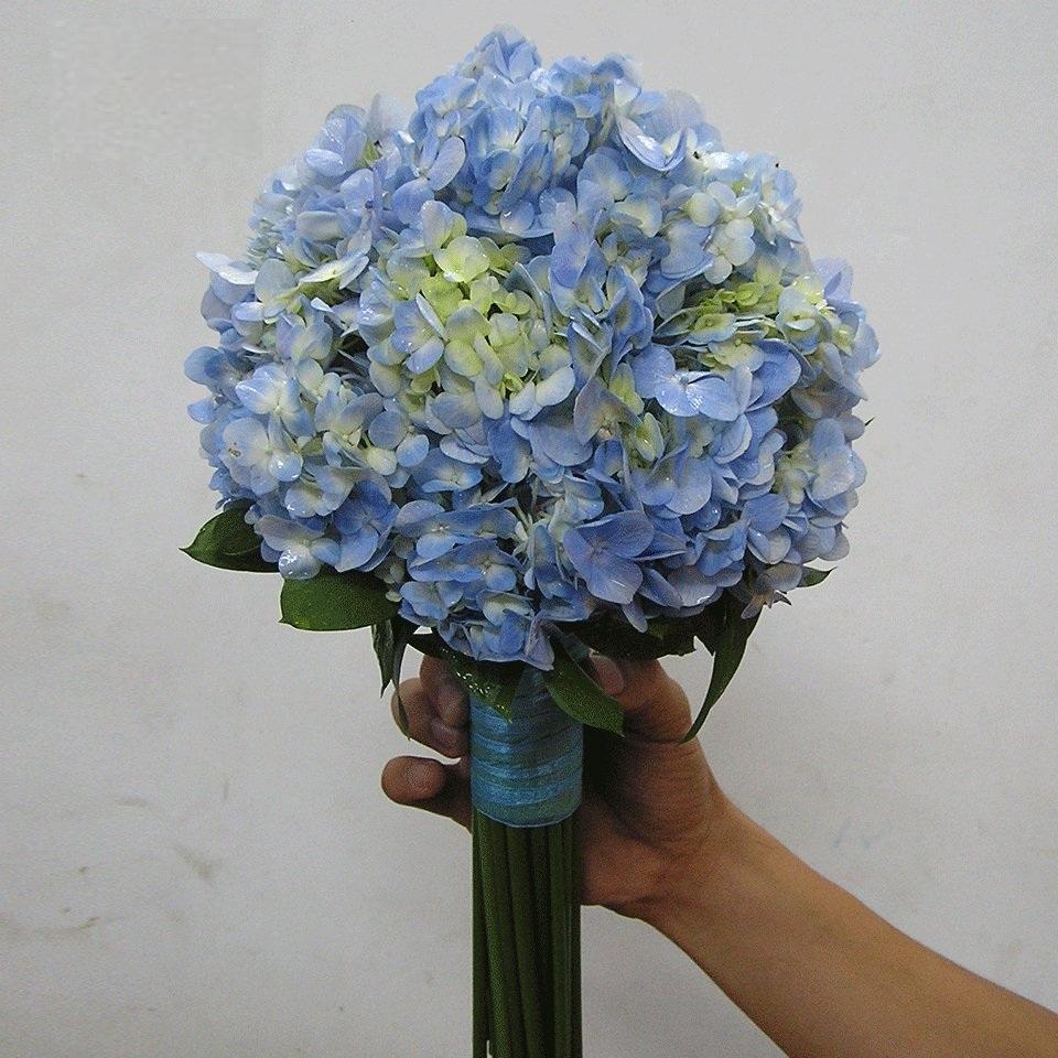 hoa tươi cưới hỏi độc đáo với cẩm tú cầu