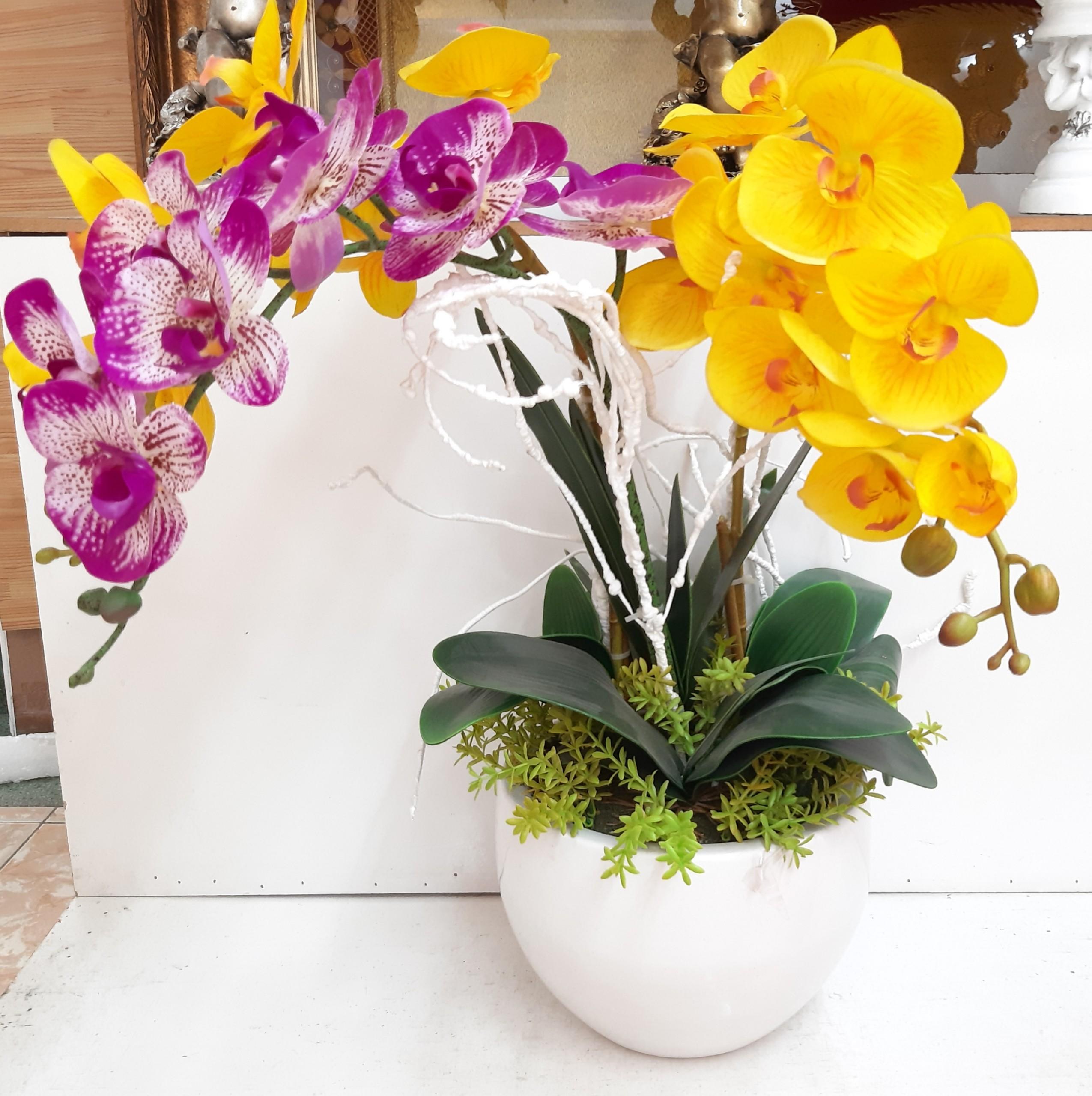shop hoa tươi văn phòng đơn giản ấn tượng